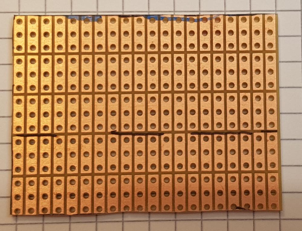 Lötseite der ausgewählten und zugeschnittenen Leiterkarte