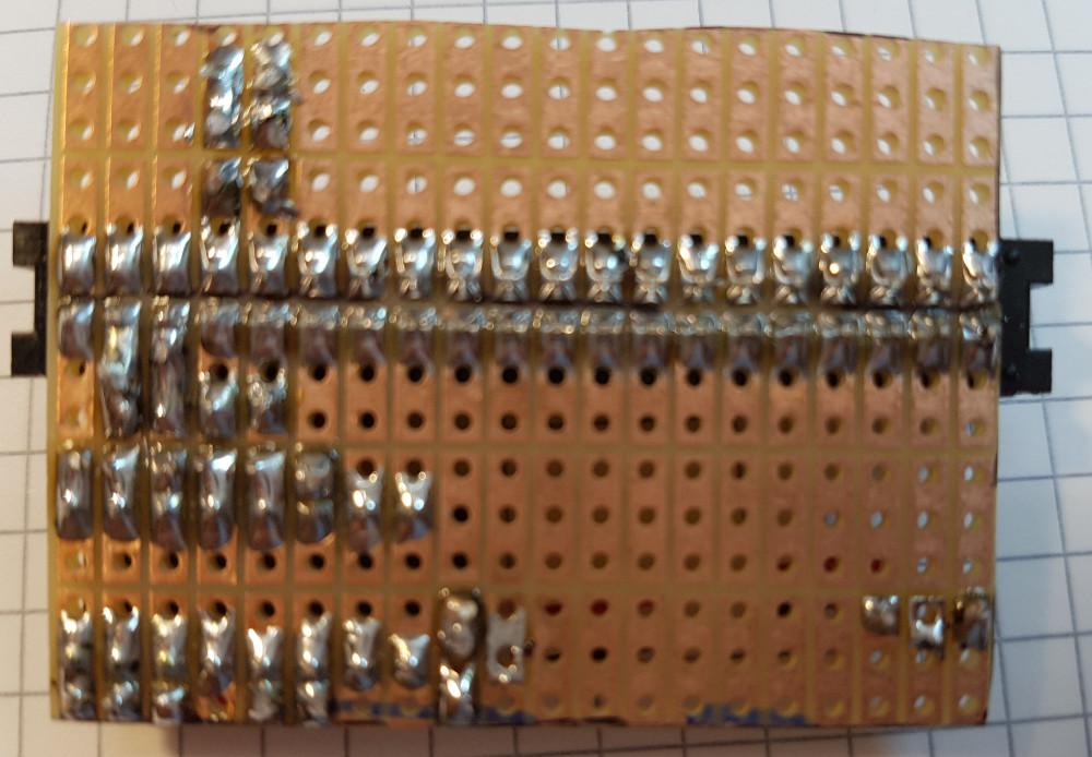Shutdown Taster - LED, Vorwiderstand und Brücke, Lötseite